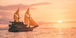 open trip komodo kapal phinisi