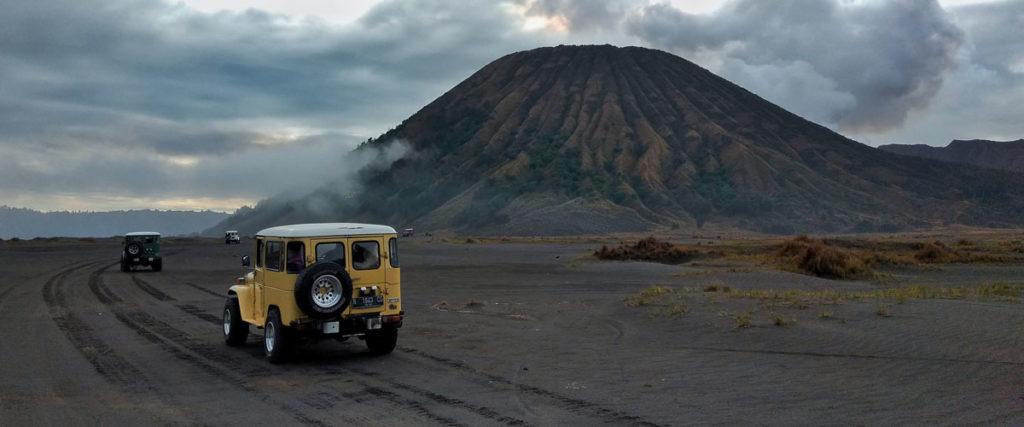 Paket Wisata Bromo Midnight Sunrise - Private trip